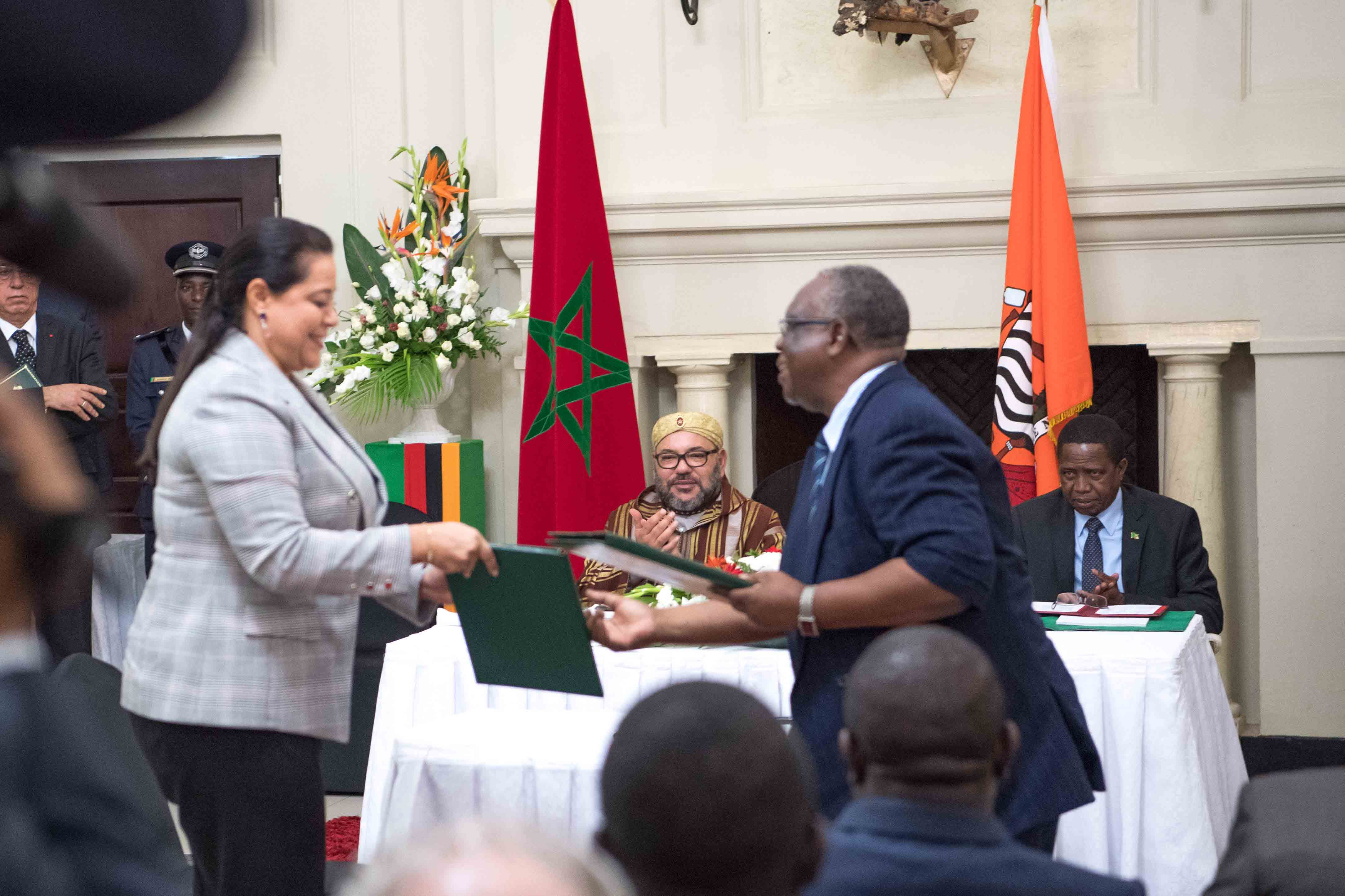 Hm The King Zambian President Chair Signing Ceremony Of 19