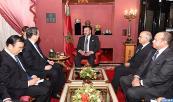 SM el Rey Mohammed VI recibe, en el Palacio Real en Fez, al presidente del Comité Nacional de la Conferencia Consultiva Política del Pueblo Chino, Yu Zhengsheng