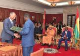 SM el Rey y el Présidente bissauguineano presiden la ceremonia de firma de 16 acuerdos de asociación en diferentes ámbitos