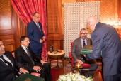 SM el Rey Mohammed VI recibe, en el Palacio Real en Casablanca, al jefe del Gobierno, al ministro del Interior y al primer presidente del Tribunal de Cuentas, en presencia de Fouad Ali El Himma, consejero del Soberano