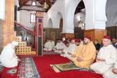 """SM el Rey Mohammed VI, Amir Al Mouminin, cumple la oración del viernes en la mezquita """"ould Al Hamra"""" en Casablanca"""