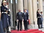 SM el Rey Mohammed VI recibido en el Elíseo por por el Presidente de la República Francesa, Emmanuel Macron