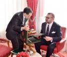 SM el Rey recibe, en el Palacio Real en Rabat, al Jefe de Gobierno, el Ministro del Interior y el Ministro de Economía y Finanzas