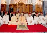 """SM el Rey Mohammed VI, Amir Al-Muminin, inaugura en Salé """"la Mezquita SA la Princesa Lalla Latifa"""" y cumple en la misma la oración del viernes"""