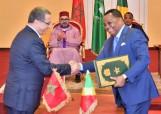 SM el Rey Mohammed VI y el presidente de la República del Congo, Denis Sassou N'Guesso, presiden, en el Palacio del Pueblo en Brazzaville, la ceremonia de firma de varios acuerdos de cooperación bilateral en diversos ámbitos