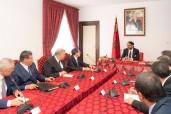 SM el Rey Mohammed VI preside en Alhucemas una reunión dedicada a la activación de las medidas contenidas en el discurso del Trono 2018