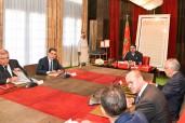 SM el Rey Mohammed VI preside, en el Palacio Real de Rabat, una sesión de trabajo dedicada a la mejora de la oferta de formación profesional, la diversificación y el desarrollo de los oficios y la modernización de los métodos pedagógicos