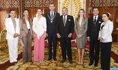 SM el Rey Mohammed VI condecora a los Soberanos de España, SM el Rey Felipe VI y la Reina Letizia, con el Wissam Al Mohammadi