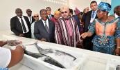 """SM el Rey y el Presidente de Costa de Marfil inauguran el punto de desembarque de pesca """"Mohammed VI"""" de Locodjro"""