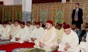 SM el Rey Mohammed VI, Amir Al Muminin, cumple la oración del viernes en la mezquita Ain Allah en la provincia de Moulay Yacoub