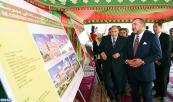 SM el Rey Mohammed VI coloca la primera piedra de un Centro sociocultural en Buskura