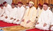 """SM el Rey, Amir Al Muminin, inaugura en Beni Mellal """"la Mezquita Mohammed VI"""" y cumple en ella la oración del viernes"""
