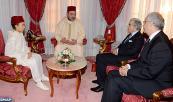 SM el Rey Mohammed VI recibe, en el Palacio Real en Rabat, a Nizar Baraka, presidente del Consejo Económico, Social y Medioambiental (CESE, siglas en francés) y a Abdellatif Jouahri, Wali Bank Al Magrib (gobernador del Banco central)