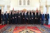 SM el Rey Mohammed VI nombra, en la Sala del Trono en el Palacio Real de Rabat, a los miembros del nuevo Gobierno