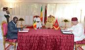 أمير المؤمنين ورئيس دولة مالي يترأسان بباماكو حفل التوقيع على اتفاقية في مجال تكوين الأئمة الماليين أمير المؤمنين ورئيس دولة مالي يترأسان بباماكو حفل التوقيع على اتفاقية في مجال تكوين الأئمة الماليين