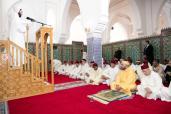 SM el Rey Mohammed VI, Amir Al Muminin (Emir de los Creyentes), cumple la oración del viernes en la mezquita Abu Obeida Ibn Al Jarrah en Tánger