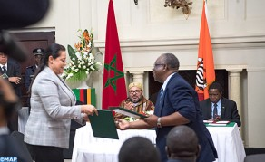 جلالة الملك ورئيس جمهورية زامبيا يترأسان مراسم التوقيع على 19 اتفاقية حكومية وأخرى تهم الشراكة الاقتصادية
