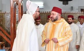 أمير المؤمنين يؤدي صلاة الجمعة بمسجد ابراهيم الخليل بالدار البيضاء