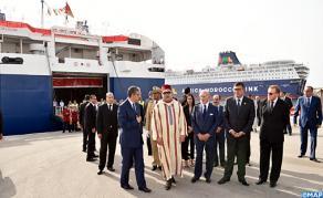 جلالة الملك يزور ميناء طنجة المتوسط
