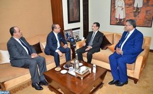مباحثات بين رئيس الحكومة والوزير التونسي المكلف بالعلاقة مع الهيئات الدستورية والمجتمع المدني وحقوق الإنسان