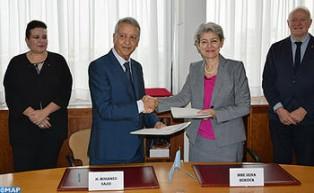 Artesanía : Marruecos y la Unesco firman en París un acuerdo para crear un sistema nacional de Tesoros Humanos Vivos