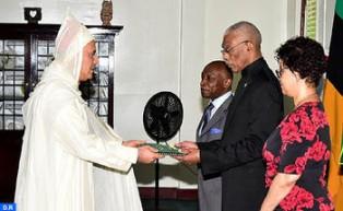 El embajador de Marruecos en Georgetown entrega sus cartas credenciales al presidente de Guyana