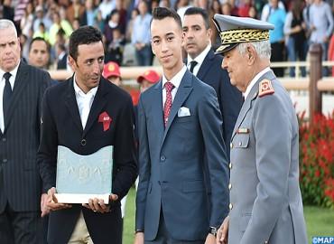 SAR le Prince Héritier Moulay El Hassan préside à Rabat la cérémonie de remise du Grand Prix SM le Roi Mohammed VI du concours de saut d'obstacles 3* de la Garde Royale
