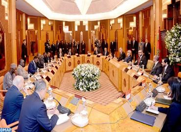 SM le Roi préside à Casablanca une séance de travail consacrée au projet de gazoduc, reliant le Nigéria au Maroc à travers plusieurs pays d'Afrique de l'ouest