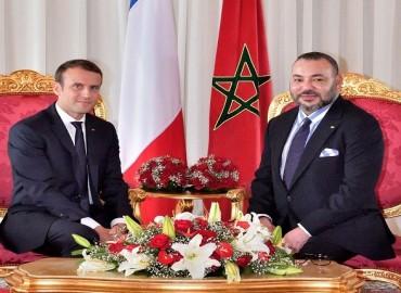 جلالة الملك يحضر مأدبة غداء أقامها الرئيس الفرنسي على شرف رؤساء الدول والوفود المشاركة في قمة المناخ الدولية