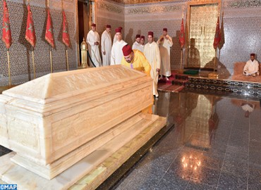 HM the King, Commander of the Faithful, Visits Grave of late HM King Mohammed V