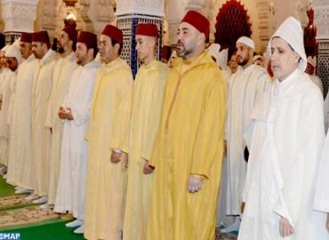 SM le Roi, Amir Al-Mouminine, préside à la mosquée Hassan à Rabat une veillée religieuse en commémoration de Laylat Al-Qadr bénie