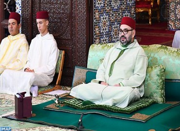 SM el Rey, Amir Al Muminin, preside la primera charla religiosa del mes de ramadán
