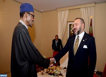 SM le Roi s'entretient en tête-à-tête avec le Président de la République fédérale du Nigéria