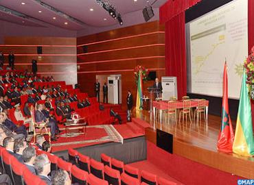 جلالة الملك والرئيس الغابوني يترأسان بليبروفيل حفل التوقيع على الشراكة الاستراتيجية في مجال الأسمدة