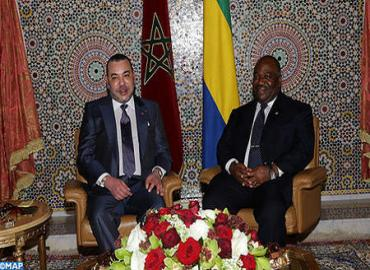 جلالة الملك والرئيس الغابوني يجريان بليبروفيل مباحثات على انفراد
