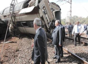 حادث انحراف قطار: جلالة الملك يصدر تعليماته لنقل المصابين إلى المستشفى العسكري بالرباط