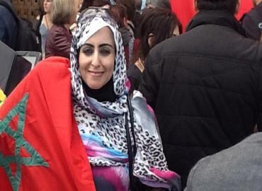 جمعية النساء الصحراويات بإسبانيا تدين القمع في مخيمات تندوف واغتيال شابين صحراويين من قبل الجيش الجزائري