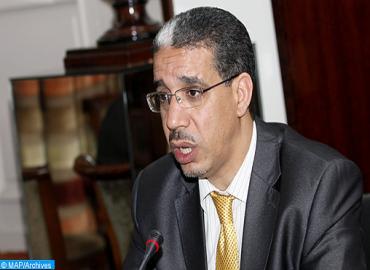 السيد عزيز الرباح، وزير التجهيز والنقل واللوجستيك