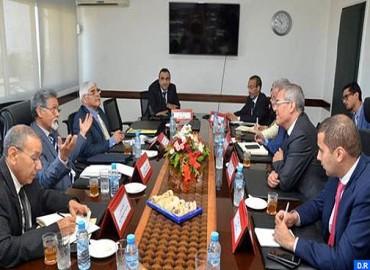 Consultations à Rabat sur l'accompagnement de l'IRCAM pour intégrer la langue amazighe dans les chantiers de la réforme de l'administration
