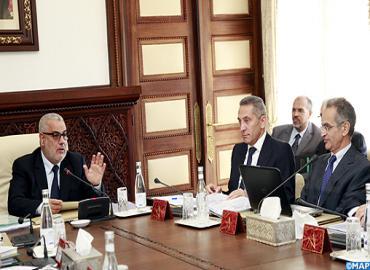رئيس الحكومة يترأس المجلس الإداري للوكالة الوطنية لتقنين المواصلات