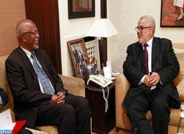 El jefe de Gobierno se entrevista con el presidente del parlamento sudanés
