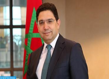 نائب الأمير وولي عهد دولة الكويت يستقبل وزير الشؤون الخارجية والتعاون الدولي