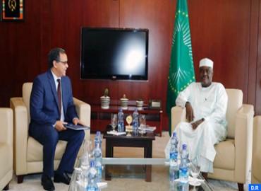 El presidente de la Comisión de la UA celebra las acciones de Marruecos en el ámbito de la paz y la seguridad y la lucha contra el cambio climático