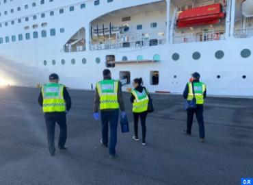 Los oficiales de salud en los puntos de cruce movilizados para el control de las actividades de importación y exportación