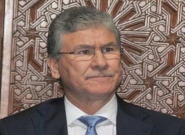 وزير الصحة يشدد على ضرورة محاربة ظاهرة التداوي العشوائي بالأعشاب