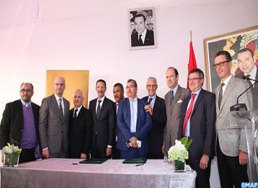 التوقيع على اتفاقية إنشاء الحرم الجامعي لمدرسة إدارة الأعمال بموقع شاطي الأمم (ضاحية سلا)
