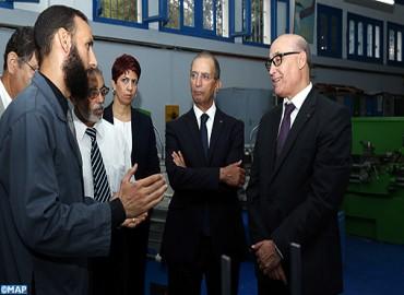 Le ministre de l'Education nationale visite plusieurs établissements scolaires et de formation professionnelle dans la province d'Al Hoceima