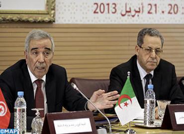le ministre algérien de l'Intérieur Dahou Ould Kablia