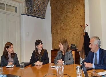 السيدة بوطالب تتباحث في لشبونة مع كاتبة الدولة البرتغالية المكلفة بالسياحة