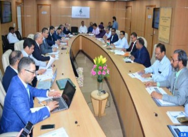 Official Holds Working Meeting in New Delhi on Cooperation in Vocational Training